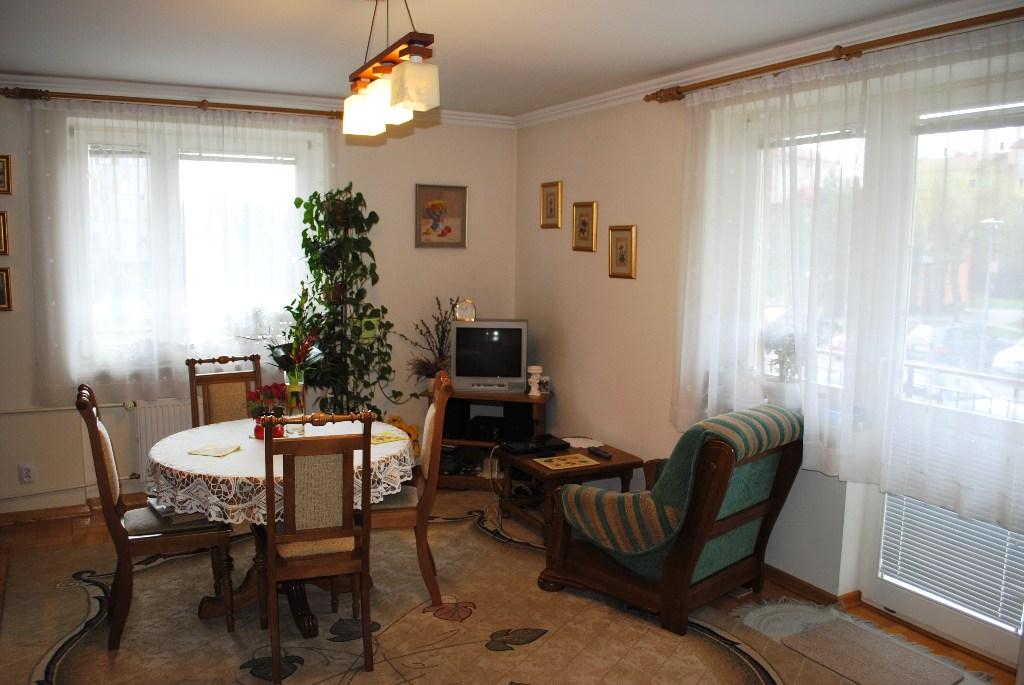 Mieszkania, Podkarpackie, Sanok, sprzedaz, 1051