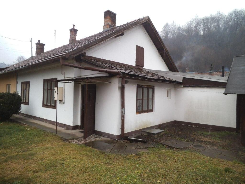 Mieszkania, Podkarpackie, Zagórz, sprzedaz, 1833